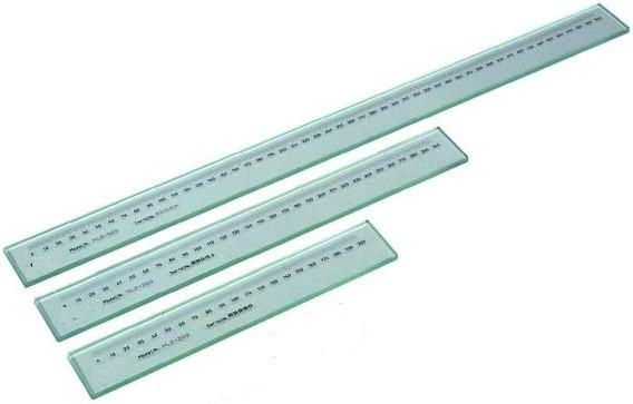 Линейка  стеклянная   200 мм    шкала    0,5 мм     точность   0,001  мм