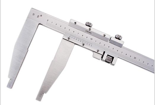 Штангенциркуль  ШЦ-III- 200 - 0,02      губки    125    мм